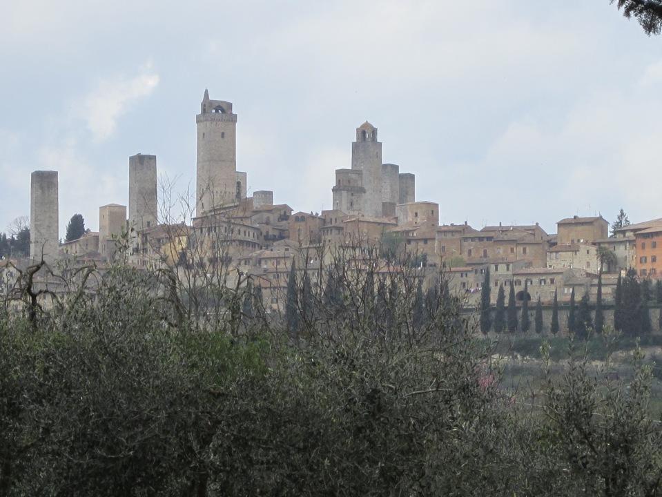 Arriving at the vineyard, San Gimignano behind us